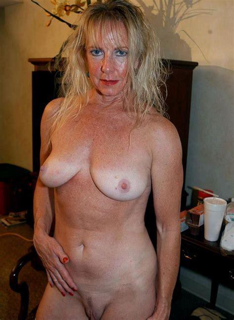 Mature Nude Women Over Thepicsaholic Com