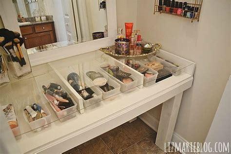 Diy Vanitydesk Top Organizers by Hometalk Diy Glass Top Makeup Vanity Desk