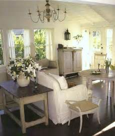 delightful cottage style living cape cod cottage style white beachy living room