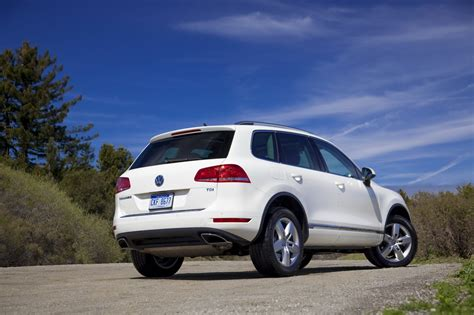 Sized Suv by Volkswagen Mulling A Mid Size Suv For The U S Market