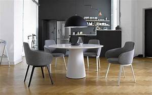 Conic table cor for Cor tisch