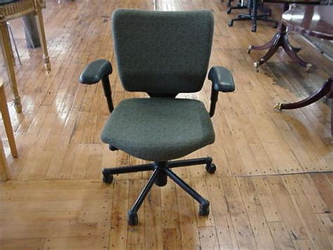 Haworth Office Chair Controls by Haworth Taz Desk Chairs Conklin Office Furniture