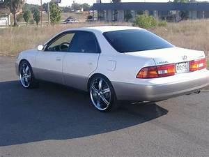 1998 Lexus Es 300 - Information And Photos