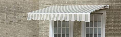 amazoncom sunjoy    beauty mark manual retractable awning green stripe garden outdoor