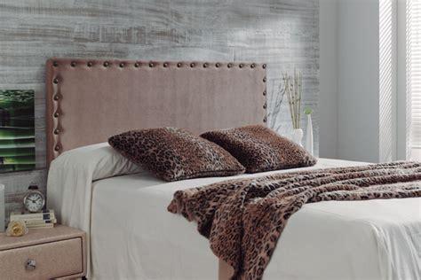 tapizado cabecero cama reformas  decoracion de interiores en leon