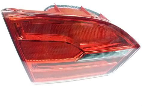 vw jetta tail light assembly 2014 volkswagen jetta gli tail light assembly rear left