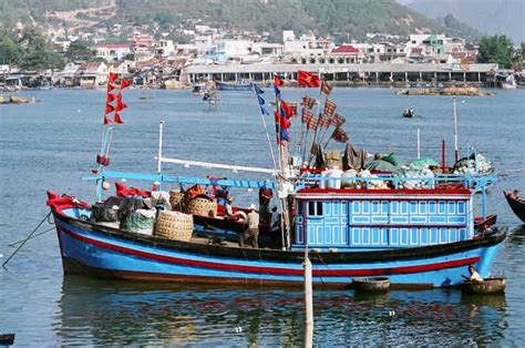 Modern Fishing Boat In India by Modern Fishing Vessels Of Coastal Vietnam And Cambodia