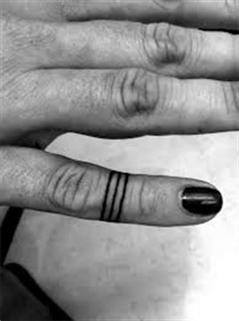 Three Lines Tattoo Meaning (11)