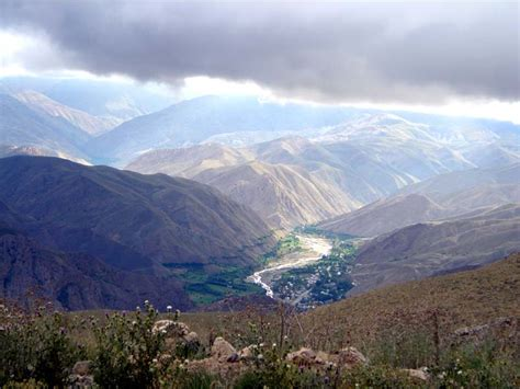 Oztorah » Blog Archive » Three Paths Up The Mountain