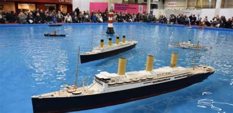 wo kann ich wasser untersuchen lassen mettmann sch 252 ler lassen die titanic und die vaterland zu wasser taeglich me
