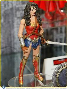 Mattel Dc Comics Multiverse   U2018batman V Superman  Dawn Of Justice U2019 Movie Masters 6 U2033 Action Figure