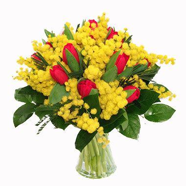 fiori e mimose bouquet mimosa tulipani consegna di fiori a lecco per la