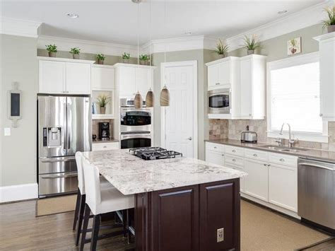 l shaped kitchen with island and pantry 1000 ideas about corner pantry on kitchen L Shaped Kitchen With Island And Pantry