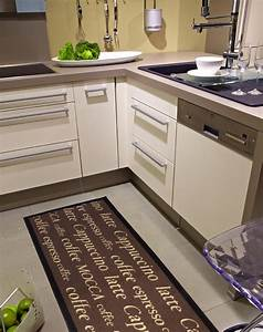 tapis de cuisine devant evier cuisine naturelle With grand tapis cuisine