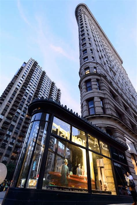 The Top 10 Secrets of NYC's Flatiron Building