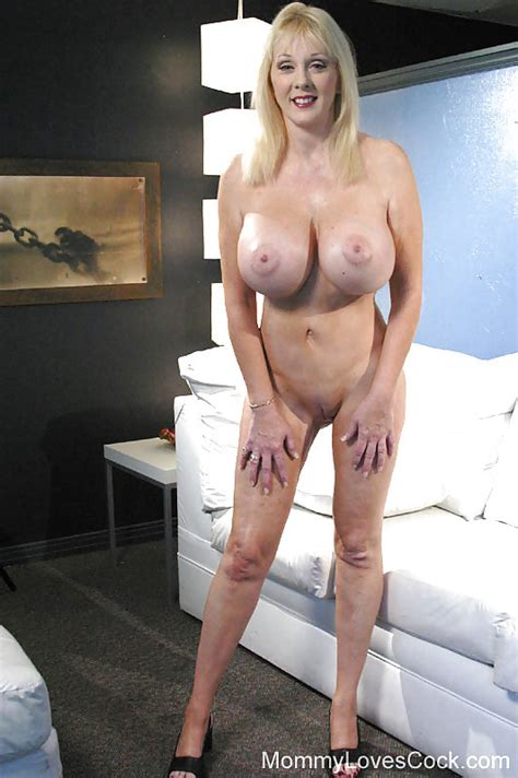 Llkkl In Gallery Mature Diane Diamonds Picture 16