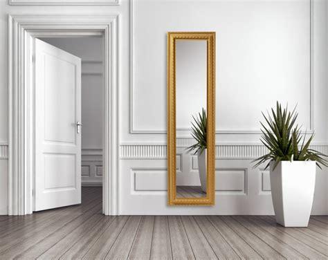 chambre a coucher de luxe moderne grand miroir doré idées pour une décoration intérieur