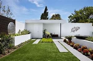 Amenagement jardin exterieur 35 idees design for Decoration jardin exterieur design
