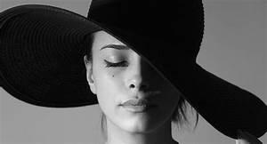 Black and White Photo Editor