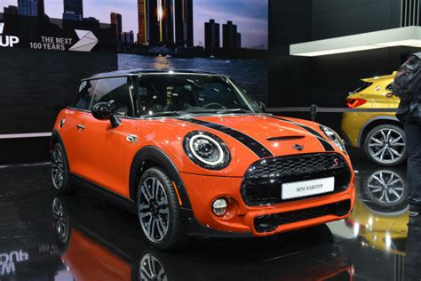 2019 Mini For Sale by Reved 2019 Mini Cooper Proudly Channels Brand S Heritage