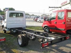 Pieces Iveco Daily : iveco daily 35c11 new 3 pieces without registration 2011 chassis truck photo and specs ~ Voncanada.com Idées de Décoration