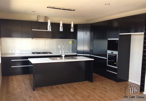 New Castle Kitchen   Kitchen