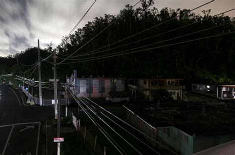 Most of puerto rico has been without lights or air conditioning since maria made landfall. Four months after Maria, 450k residents of Puerto Rico still without power - ABC News