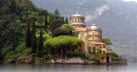 Villa Del Balbianello At Lake Como Aka Varykino On