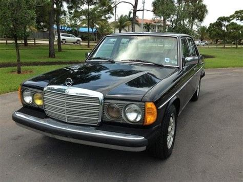 I found this listing on sur theparkingeu isnt it great. Sell used 1983 Mercedes Benz 300D Turbo Diesel Low Miles Clean Autocheck Well Maintained in Palm ...