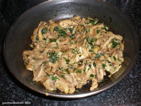 cuisiner les pleurottes pleurotes à l 39 ail et persil recette
