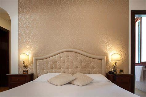 chambre hotel canile deluxe avec vue sur le canal hotel ca 39 d 39 oro venise
