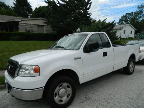 Buy Used 2004 Ford F-150 Xl Extended Cab Pickup 4-door 4