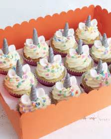 3 tiered cake stand 17 best ideas about unicorn cupcakes on