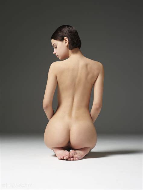 Ariel In Amazing Nudes By Hegreart Photos Erotic Beauties