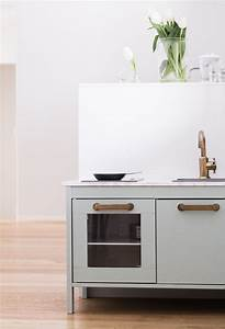 Ikea Duktig Hack : 6 ikea play kitchen hacks that you 39 ll want to make today petit small ~ Eleganceandgraceweddings.com Haus und Dekorationen