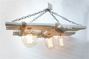 Plafonnier En Bois : plafonnier en bois vieilli lustre rustique lumi re en bois ampoules edison luminaires par ~ Teatrodelosmanantiales.com Idées de Décoration