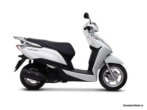Brake Lamp Light On by Honda Launches Lead 125 In Vietnam Scooters4sale