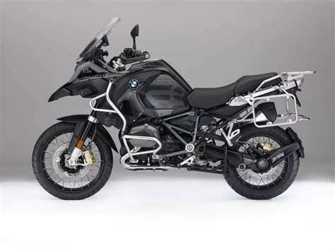 bmw r 1200 gs adventure 2018 2018 bmw r 1200 gs adventure buyer s guide specs price