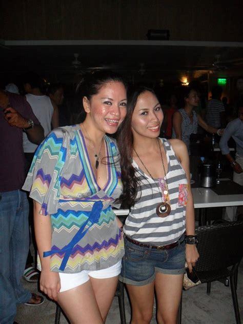 Outgoing Filipina Girlfriend Looking Hot In Bikini
