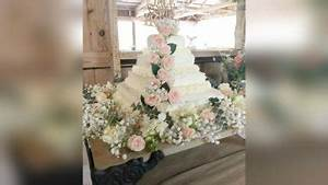 Time Schedule Sheet Couple Creates Stunning Diy Wedding Cake With Costco Sheet