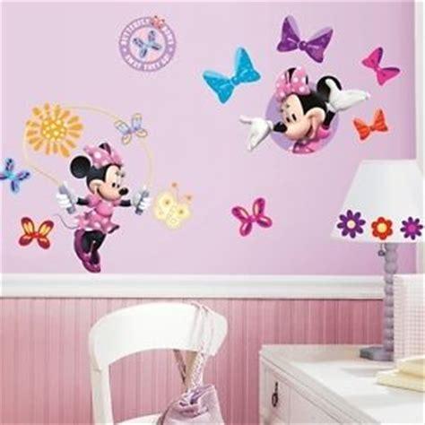 chambre de minnie decoration de chambre minnie