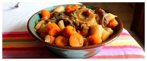 cuisiner un jarret de boeuf recette jarret de boeuf carottes pommes de terre cookeo