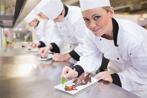 cuisine en chef devenir chef cuisinier cap sur le métier de chef cuisinier