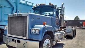 85 Mack Semi  Wet Kit