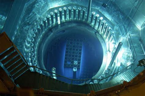 Как построить ядерный реактор?— 2 answers