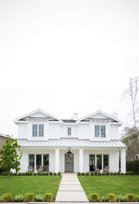white house door house envy coastal elegance in newport lark linen