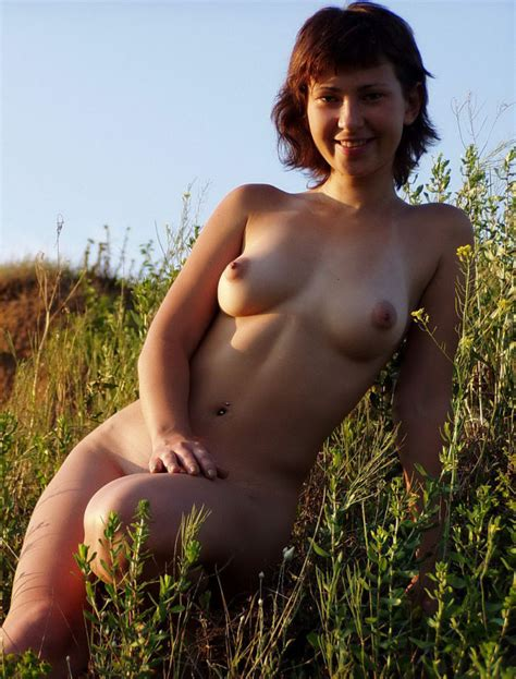 Nice Shorthaired Girl With Very Lovely Boobs Posing Naked Outdoors Russian Sexy Girls