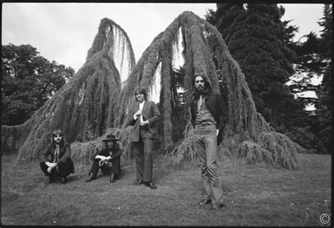 beatles ethan russells iconic images   beatles