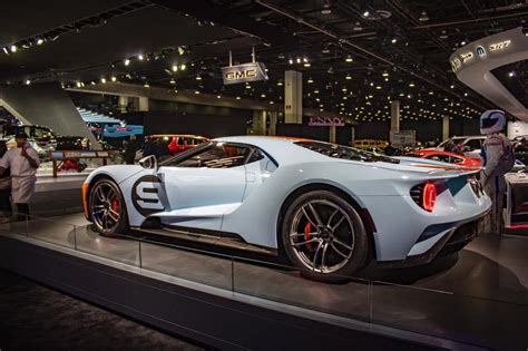 ford gt  pictures pics wallpapers top speed