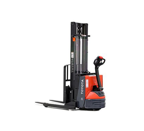 Stand Up Reach Forklift by Toyota S Walkie Stacker Forklifts Toyota Forklifts